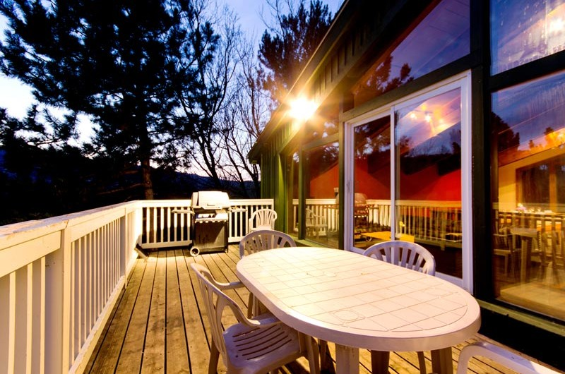 Stay at Blue Mountain offers a gorgeous patio in this Swiss-style chalet located at Mountain View 1