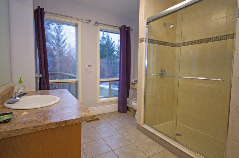 This three-piece bathroom is from a Stay at Blue Mountain ski chalet located at Mountain View 1