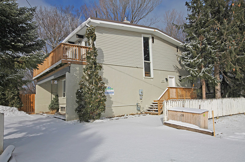 Very spacious and luxurious 6 bedroom chalet rental located at 128 Birchview from Stay at Blue Mountain
